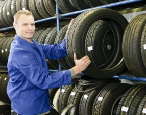 rhenus Warehousing Logistics Tyre assembly